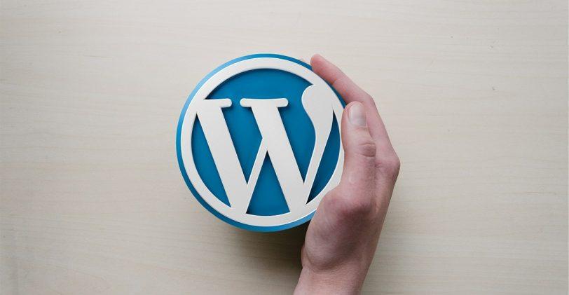 Pourquoi choisir WordPress pour une Agence de Design de Marque?
