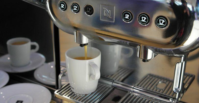 Pourquoi opter pour une machine à café Nespresso à capsules ?